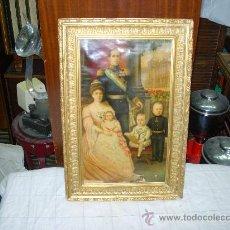 Varios objetos de Arte: MARCO CON FOTO FAMILIA REAL. Lote 32008307