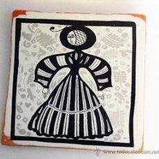 Varios objetos de Arte: SOCARRAT. MUJER. IMPRESIÓN SOBRE BALDOSA DE BARRO. 20X20 CM. Lote 34557164
