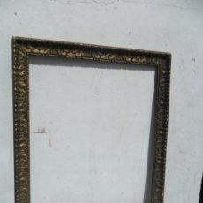 Varios objetos de Arte: ANTIGUO MARCO DE MADERA DORADA. Lote 36601543