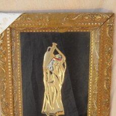 Varios objetos de Arte: CUADRO CON FIGURA BAÑADA EN ORO. Lote 37303177