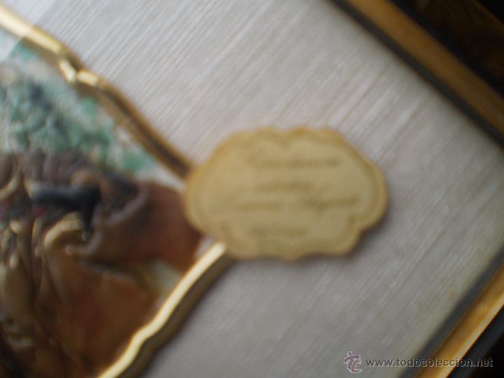 Varios objetos de Arte: CUADRO CON PLACA DAMA EN PLATA DE LEY - Foto 2 - 46492332
