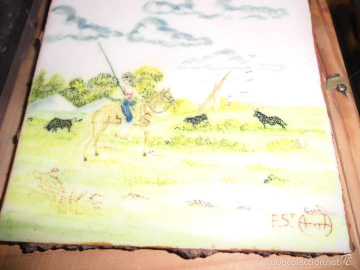 Varios objetos de Arte: CERAMICA ANTIGUO AZULEJO TAUROMAQUIA FIRMADO ILEGIBLE ORIGINAL PINTADO Y COCIDO - Foto 3 - 56176098