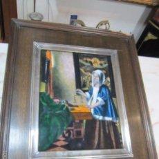 Varios objetos de Arte: ESMALTE - LA PESCADORA DE PERLAS DE VERMEER - ENMARCADO EN PLATA Y MADERA.. Lote 58126554
