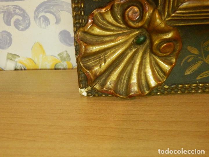 Varios objetos de Arte: Muy antiguo Oleo Sobre Tabla - Dama de aspecto Luis XV o similar - Marco precioso - Excelente estado - Foto 19 - 65890270