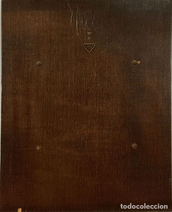Varios objetos de Arte: MUJER DELGADA. ESMALTE SOBRE METAL. MARCO DE PLATA. REPRODUCCION DE TOLOUS LAUTREC. SIGLO XX. - Foto 2 - 72844811