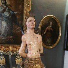 Varios objetos de Arte: EXCEPCIONAL TALLA EN MADERA DE SAN SEBASTIAN. ESCUELA VALLISOLETANA PRINCIPIOS S. XVI.. Lote 96392580