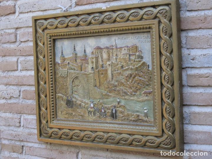 Varios objetos de Arte: CUADRO ANTIGUO DE TOLEDO REALIZADO EN ESTUCO. PIEZA UNICA. - Foto 3 - 79925985