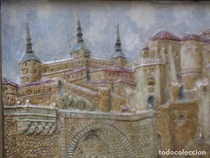 Varios objetos de Arte: CUADRO ANTIGUO DE TOLEDO REALIZADO EN ESTUCO. PIEZA UNICA. - Foto 7 - 79925985