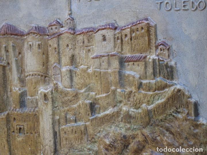 Varios objetos de Arte: CUADRO ANTIGUO DE TOLEDO REALIZADO EN ESTUCO. PIEZA UNICA. - Foto 8 - 79925985