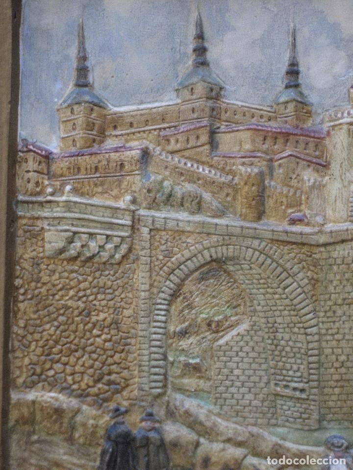 Varios objetos de Arte: CUADRO ANTIGUO DE TOLEDO REALIZADO EN ESTUCO. PIEZA UNICA. - Foto 9 - 79925985
