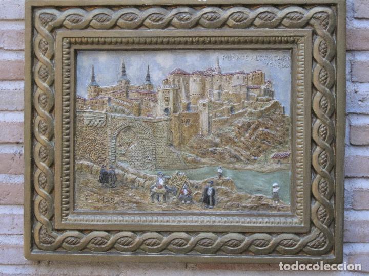 Varios objetos de Arte: CUADRO ANTIGUO DE TOLEDO REALIZADO EN ESTUCO. PIEZA UNICA. - Foto 12 - 79925985
