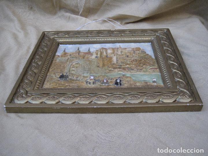 Varios objetos de Arte: CUADRO ANTIGUO DE TOLEDO REALIZADO EN ESTUCO. PIEZA UNICA. - Foto 15 - 79925985