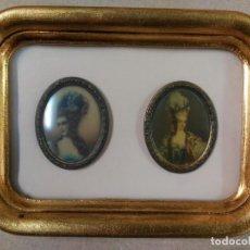 Varios objetos de Arte: PAREJA DE MINIATURAS EN MARCO DORADO. Lote 81024992