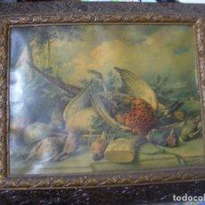 Varios objetos de Arte: ANTIGUO MARCO DE CUADRO CON LAMINA CONTEMPORANEA - MARCO CON FILIGRANAS Y DE PLANO INCLINADO - 65X55. Lote 82661452