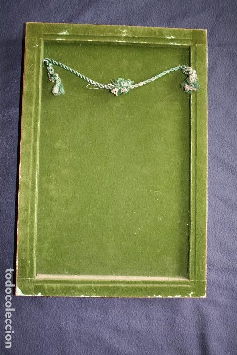 Varios objetos de Arte: MONTSERRAT MAINAR BENEDICTO (Barcelona, 1928) PRECIOSO ESMALTE. DAMA DEL PARAGUAS - Foto 6 - 86264748