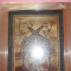 Varios objetos de Arte: CUADRO CON MARCO-ARTESANAL-MOTIVO:JIRAFAS-HECHO CON HOJAS SECAS-COLLAGE-NUEVO-VER FOTOS. Lote 94138950