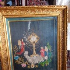 Varios objetos de Arte: PRECIOSO CUADRO ANTIGUO BORDADO S.XIX, CON IMPORTANTE MARCO. MOTVOS RELIGIOSOS. Lote 97620632