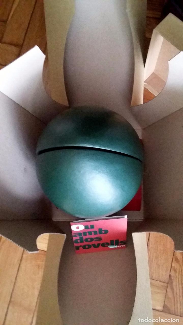 Varios objetos de Arte: Joan Brossa - Un ou amb dos rovells - Llibre objecte - Foto 5 - 150316534
