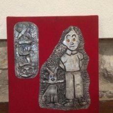 Varios objetos de Arte: ANTIGUO CUADRO DE PERSONAJE DE COMIC TIN TIN Y SU PERRO MILU FABRICADO EN ESTAÑO AÑOS 80. Lote 105633363