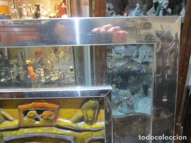 Varios objetos de Arte: Cuadro con relieve, Anton Pieck, con marco de cristal y metal. - Foto 5 - 107645531