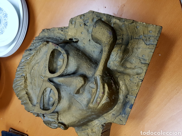 Varios objetos de Arte: Rara escultura, cara con gafas y pipa. 26x27cm aprox - Foto 6 - 114843602