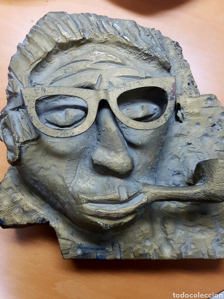 Varios objetos de Arte: Rara escultura, cara con gafas y pipa. 26x27cm aprox - Foto 7 - 114843602