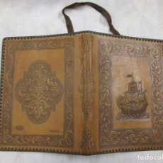 Varios objetos de Arte: FORRO DE PIEL GOFRADA CON GRECAS Y FLORONES, PARA LIBRETA NOTAS ETC + INFO Y FOTOS. Lote 128666659