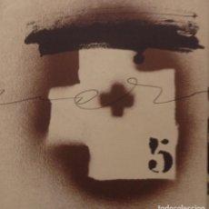 Varios objetos de Arte: ANTONI TAPIES INVITACION PRESENTACIÓN DEL LIBRO APARICIONS 1982 LITOGRAFIA?. Lote 134923930