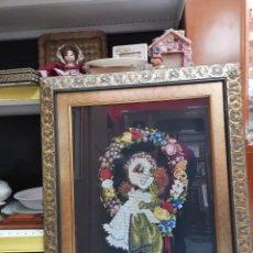 Varios objetos de Arte: CUADRO FIGURA PUNTO DE CRUZ. Lote 130483146