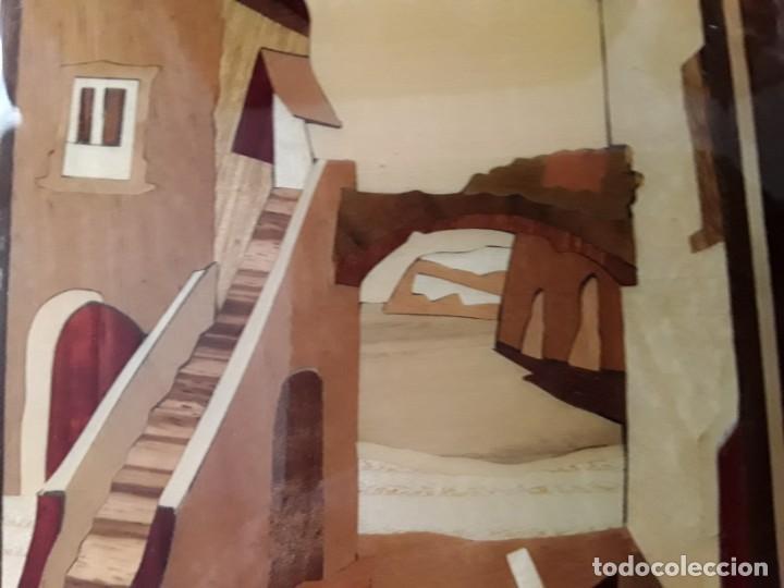 Varios objetos de Arte: Cuadro de marquetería o taracea de madera 22 cm x 17 cm. Terminación lacada - Foto 5 - 146859694