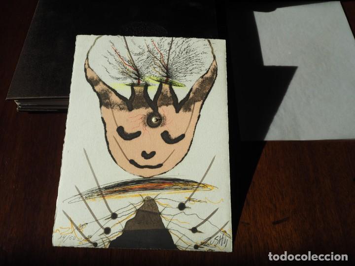 Varios objetos de Arte: Zush. 1.UROXOS,libro de artista,colección limitada,numerada,firmada y enriquecida a mano. 2.Grabado - Foto 11 - 147296838
