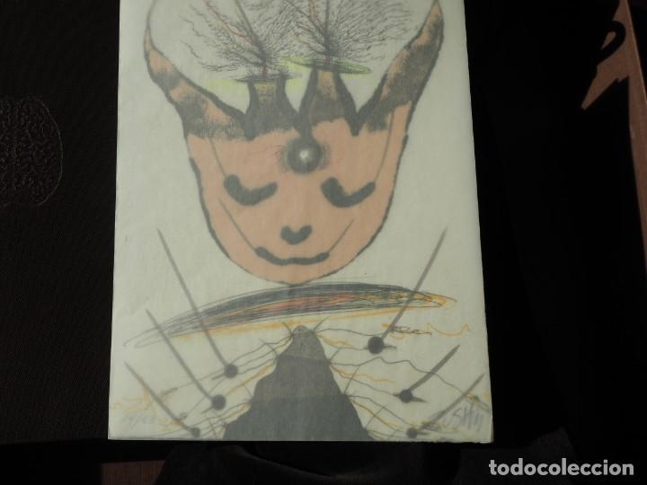 Varios objetos de Arte: Zush. 1.UROXOS,libro de artista,colección limitada,numerada,firmada y enriquecida a mano. 2.Grabado - Foto 13 - 147296838
