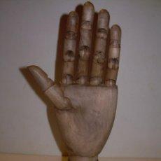Varios objetos de Arte: MODELO DE MADERA DE ARTISTA,ESCULTOR O PINTOR.CON ARTICULACIONES.. Lote 147681570