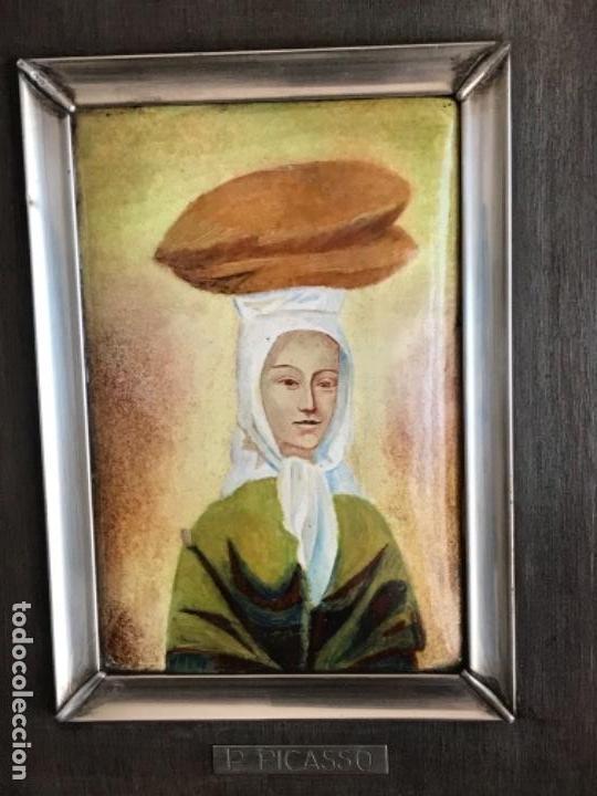 Varios objetos de Arte: ESMALTE ENMARCADO EN PLATA DE LEY Y MADERA. PABLO PICASSO 1960'S. CONTRASTE. - Foto 2 - 151400854
