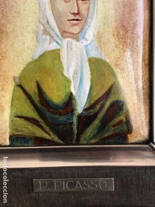 Varios objetos de Arte: ESMALTE ENMARCADO EN PLATA DE LEY Y MADERA. PABLO PICASSO 1960'S. CONTRASTE. - Foto 3 - 151400854