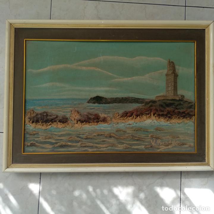 Varios objetos de Arte: Cuadro enmarcado Torre de Hércules La Coruña material barro o similar firma v. para delante 64x46 cm - Foto 2 - 155489058