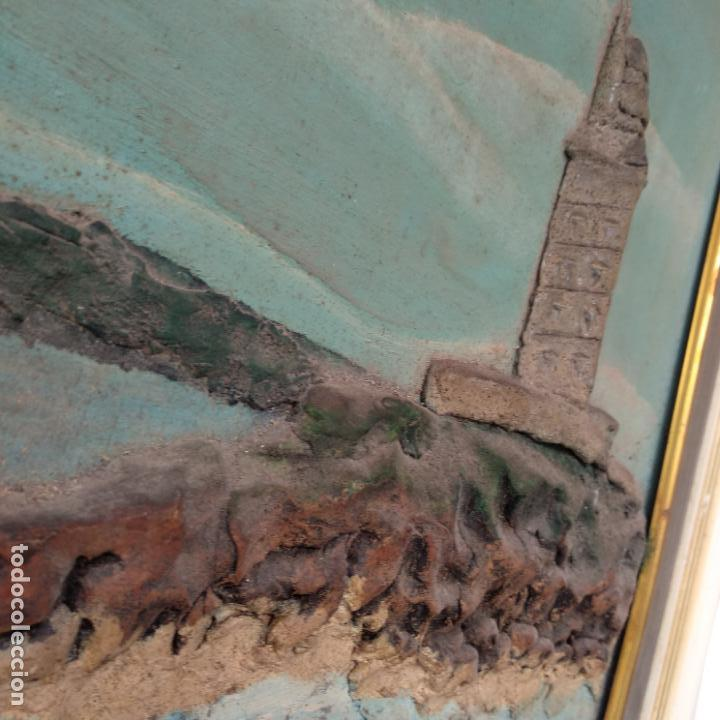 Varios objetos de Arte: Cuadro enmarcado Torre de Hércules La Coruña material barro o similar firma v. para delante 64x46 cm - Foto 4 - 155489058