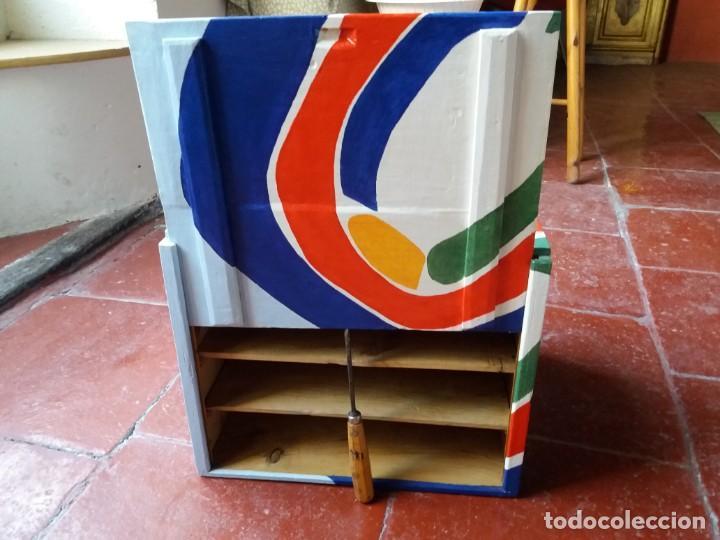 Varios objetos de Arte: Antigua caja para dulces policromada - Foto 5 - 157767250
