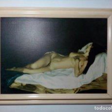 Varios objetos de Arte: CUADRO DE MUJER DESNUDA SÍMIL DE ÓLEO SOBRE LIENZO (IMPRESO EN LIENZO) 83 X 63 CENTÍMETROS (AÑOS 70). Lote 157865854
