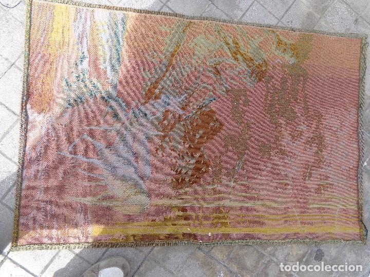 Varios objetos de Arte: MUY ANTIGUO FINALES 1800, BONITO E IMPORTANTE TAPIZ DE LANA, COMPLETO Y EN BUEN ESTADO - Foto 6 - 161093594