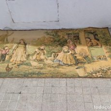 Varios objetos de Arte: MUY ANTIGUO FINALES 1800, BONITO E IMPORTANTE TAPIZ DE LANA, COMPLETO Y EN BUEN ESTADO. Lote 161094390
