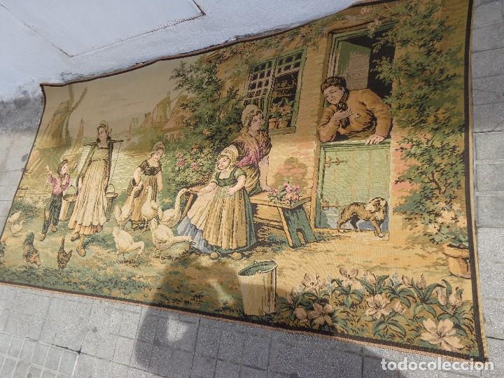 Varios objetos de Arte: MUY ANTIGUO FINALES 1800, BONITO E IMPORTANTE TAPIZ DE LANA, COMPLETO Y EN BUEN ESTADO - Foto 2 - 161094390