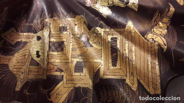 Varios objetos de Arte: Concha madera lacada personajes chinos arquiteturismo pan oro S XIX - Foto 3 - 163040166