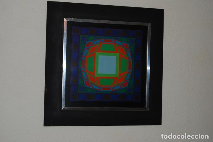 VICTOR VASARELY - GYEMANT - CUADRO LÁMINA 1974 SUIZA - ENMARCADA - OP ART (Arte - Varios Objetos de Arte)