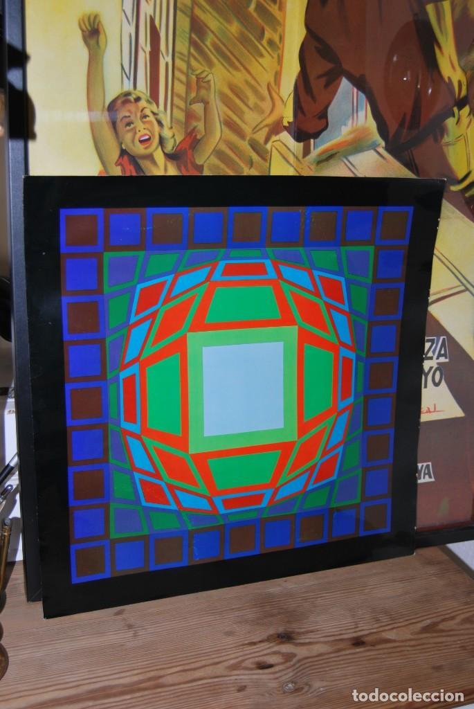 Varios objetos de Arte: VICTOR VASARELY - GYEMANT - CUADRO LÁMINA 1974 SUIZA - ENMARCADA - OP ART - Foto 11 - 202843983
