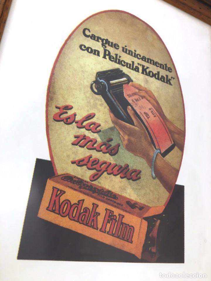 Varios objetos de Arte: PELICULA KODAK FILM -ES LA MAS SEGURA- LAMINA PUBLICIDAD 1930 ENMARCADA MADERA NEGATIVO FOTOGRAFICO - Foto 2 - 170137604