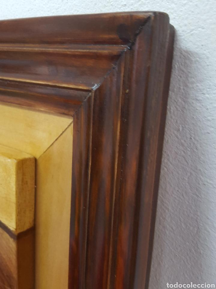 Varios objetos de Arte: PLAFÓN EN MARQUETERIA DEL GUERNICA POR EOLO FRANCISCO GIL ARMAS - Foto 7 - 171772457