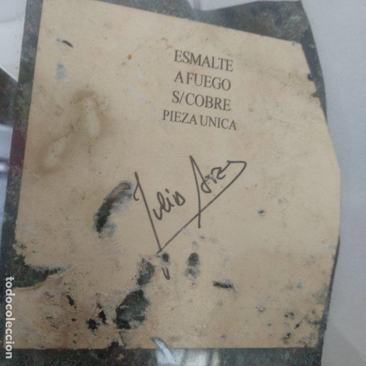 Varios objetos de Arte: Esmalte al fuego sobre metal pieza única Julia Ares,CEG 15 años 1996 16,5x16,5 cm - Foto 4 - 172584250