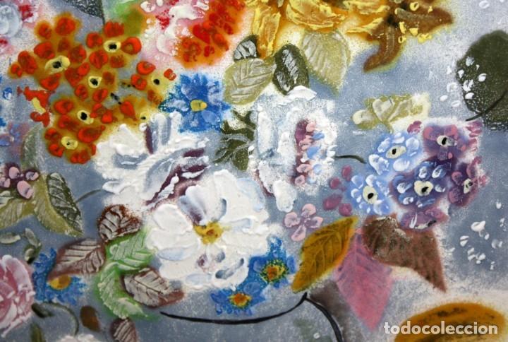Varios objetos de Arte: ESMALTE FIRMADO POR J.R COSTA (MARIDO DE LA ARTISTA MONTSERRAT MAINAR) FLORERO - Foto 5 - 172609213