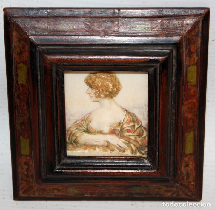 Varios objetos de Arte: BONITA MINIATURA DEL SIGLO XIX. DAMA DE PERFIL - Foto 2 - 172758935
